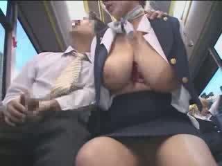 Malaking suso amerikano tinedyer apuhapin sa japan publiko bus video