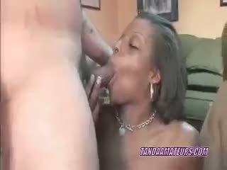 Slutty žmona savanna į a seksas keturiese su juodaodžiai ana