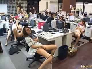 Aasialaiset kovacorea seksi täsmällinen