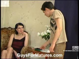 Flora a timothy ohromující maminka onto video
