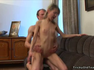 Napalone nauczycielka seducing nastolatka
