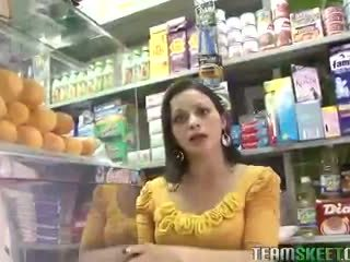 Oyeloca quente latina jovem grávida paloma vargas hardcore depilada cona sexo