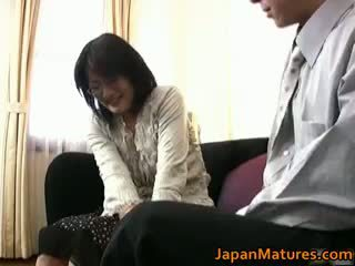 יפני, מין קבוצתי, ציצים גדולים, מציצה
