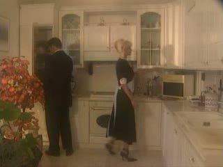 Anita blond perses sisse the kichen video