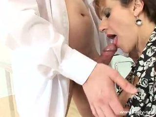 ผู้หญิง sonia cums ยาก และ loud