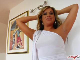 MILF Afrodite just loves cocks in her ass and pussy