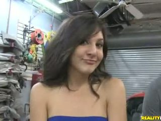 Layla storm earns extra specie supsupin off mechanic sa garage