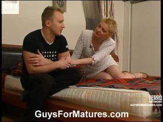 Alice и adrian фантастичен мама onto видео
