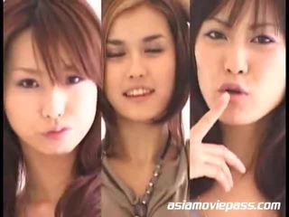 Asiatisk jenter swallowing semen