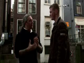 Turista visiting un olandese brothel