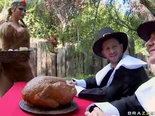 Orgie avec alanah rae breanne benson et phoenix marie vidéo