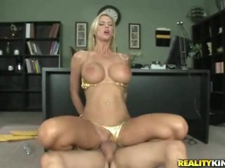free fucking action, boss porn, more skinny video