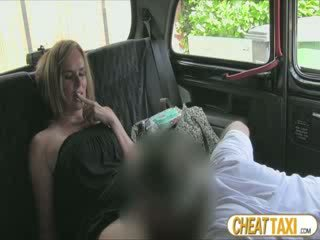 Hot amateur accidentally pissed taxi seats and pays lovely sex for it