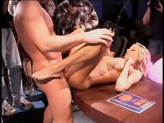 Briana banks bent خلال ل مكتب getting لها رطب اللعنة aperture slammed مع عملاق coc