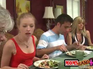 Mamičky bang teens [10]