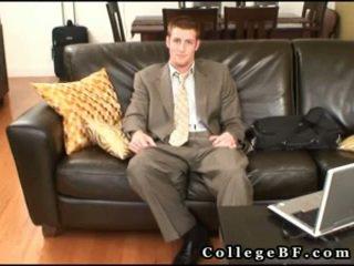 肌肉發達 rc wanking 他的 真棒 pecker 3 由 collegebf