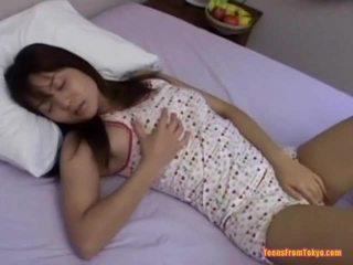 Aziatisch tiener masturberen