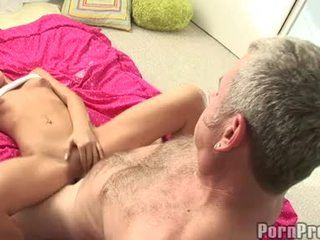 Lusty ছোট boobed tanner mayes getting তার bawdy cleft cracked দ্বারা একটি অতিকায় jock