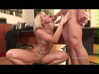 tini szex, hardcore sex, nagy farkukat