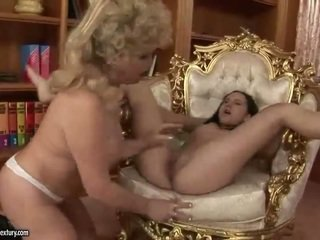more pissing, pussy licking check, nice old any
