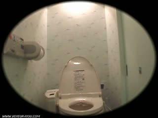 女の子 寮 トイレ onanism