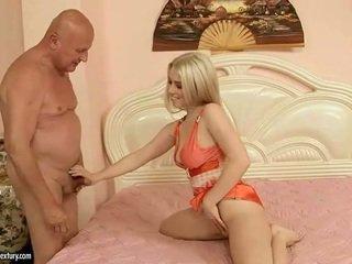 Lovely najstnice having seks s dedek