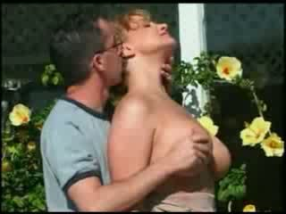 Michel steuve's esposa madura mon colette choisez follada al aire libre por un adolescente