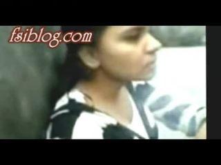 Bangladeshi du hostel момичета