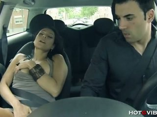 Sizzling exotic babe lara tinelli playing in car