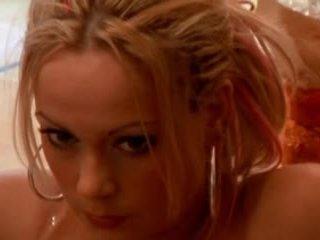 Sanna brading svedese attrice - un hole in il mio cuore
