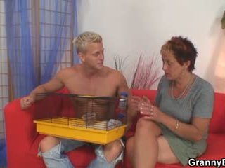 Old chick allows him seduce her