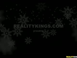 RK: MILFHUNTER enjoys hot sexy xmas elf dyke action