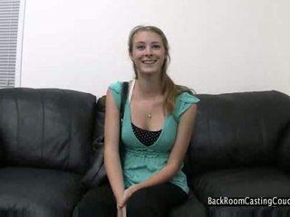 Valu sohvalla huono tyttö kovacorea video-