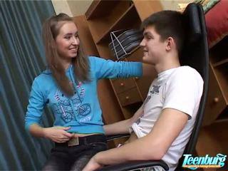 Attractive tonåren