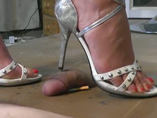 Geile sandaletten: gratuit branlette avec les pieds hd porno vidéo 53