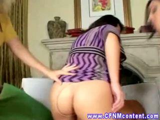 Cfnm erhalten filled nach oben von ihre spielzeuge bei ihre sexy party