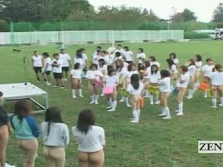 Subtitled bottomless szabadban japán schoolgirls assembly