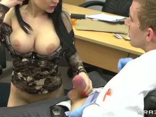 Anastasia brill suckign dokter groot lul video-