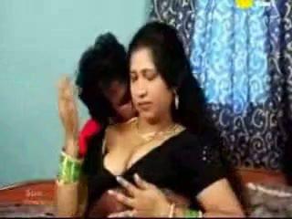 Ấn độ tamil trưởng thành aunty fucking với cô ấy boyfriend