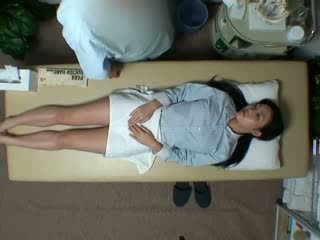 Spycam reluctant asawang babae seduced by masseur