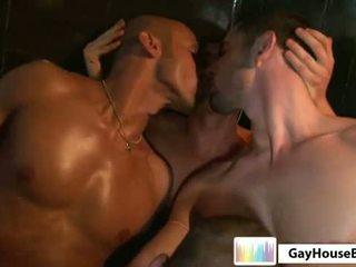 якість гей гарячі, повний м'яз хороший, перевіряти кусень безкоштовно