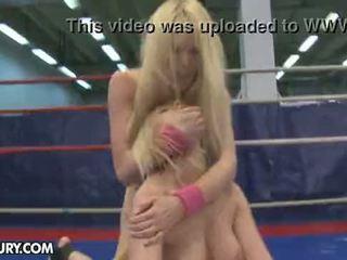 Nudefightclub darila antonya vs sophie moone