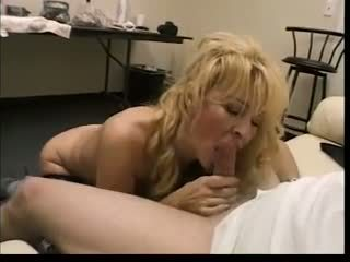 Pretty blonde mom love to sucks big young dicks