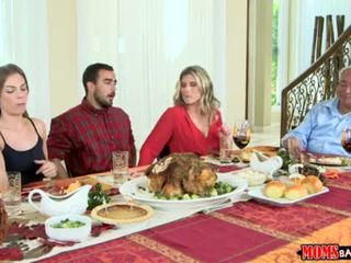 "Moms Bang Teen - Naughty Family Thanksgiving <span class=""duration"">- 10 min</span>"