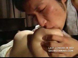 Japansk den sønn decided til protect en hans mamma part4