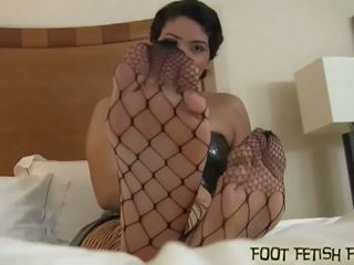 I will Allow You to Worship My Perfect Feet: Free Porn 39