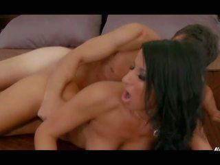Sophia Bella in Atomic Hotel Erotica, HD Porn 3e
