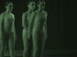 Σέξι dancers recorded με xray - βλέπω μέσω