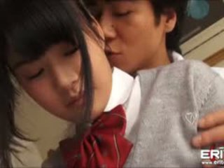 Supercute японська школярка itsuka трахкав і creampied