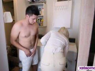 Huge Jugs Milf Nina Elle Threesome With Teen Natalia Starr